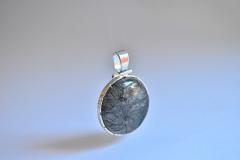 3--Ciondolo-con-quarzo-rutilato-e-argento-925-(2)
