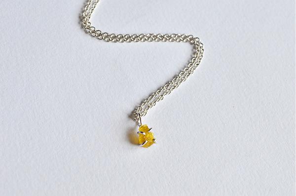 Beryl raw : Collana in argento 925 e berillo giallo grezzo