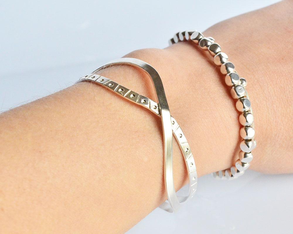 Meeting-bracciale-in-argento-925_indossato