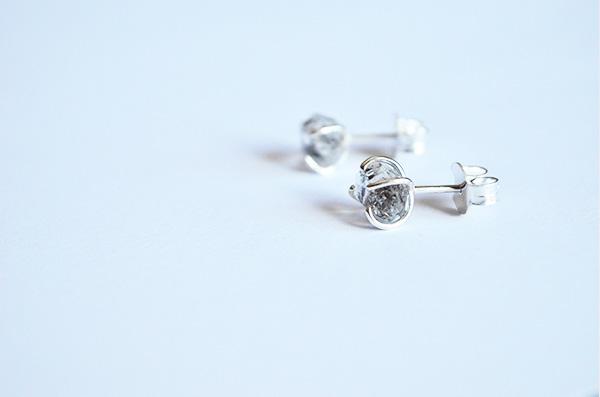 Orecchini naked con diamante herkimer in argento 925
